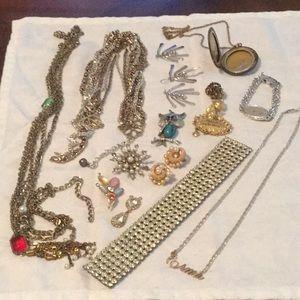 🌹Awesome Mystery Bundle Estate Jewelry Broken 🌹